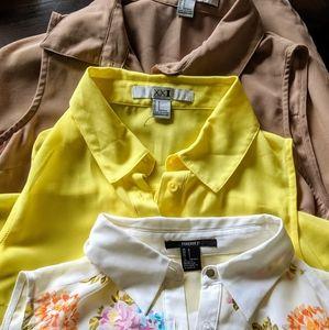 ⚡3/$20⚡3 lot- sleeveless high-low blouses SZ S